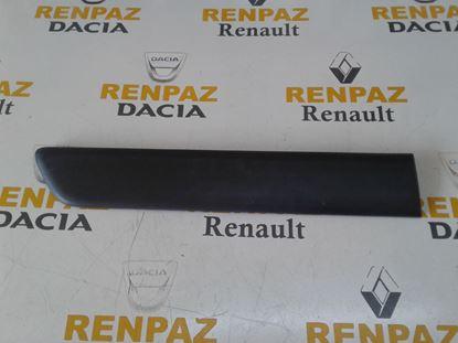 RENAULT KANGO 2 SAĞ ARKA KAPI BANDI 8200389360 - 828204735R - 8200077557