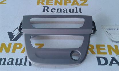 RENAULT FLUENCE RADYO/KLİMA ÇERÇEVESİ 682605490R