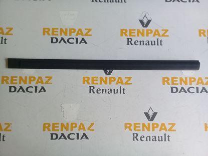 RENAULT 12 TOROS SAĞ ÖN KAPI BANDI 7702188522
