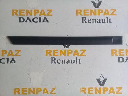 RENAULT 12 TOROS SAĞ ARKA KAPI BANDI 7702188524